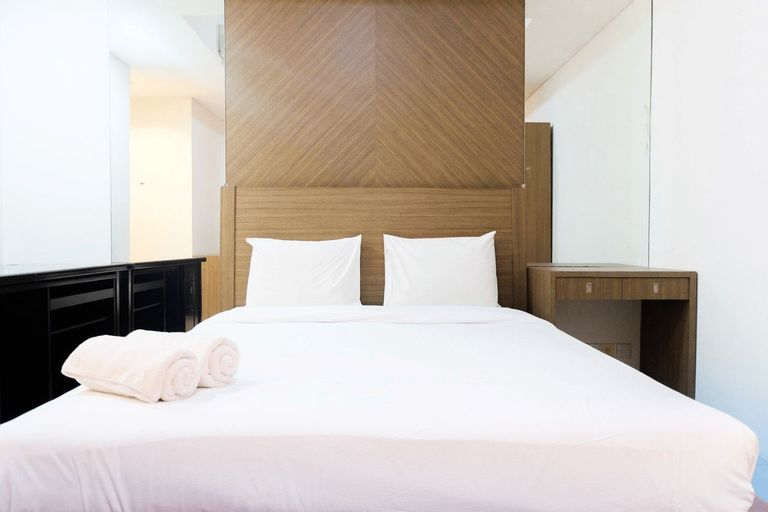 Cozy and Elegant 2BR Kemang Village Apartment By Travelio, Jakarta Selatan