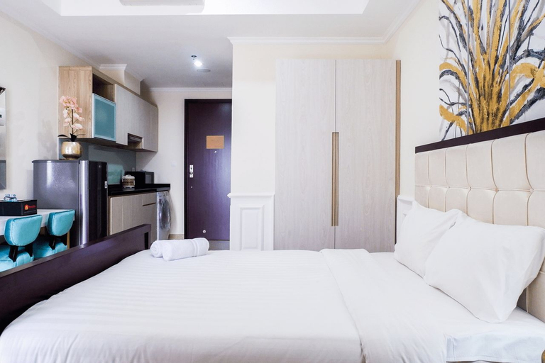 Classic Square Studio At Menteng Park Apartment By Travelio, Central Jakarta