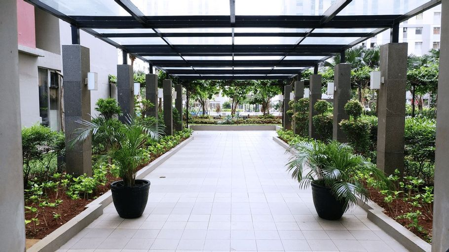 Sea View Studio Apartment at Green Bay Pluit By Travelio, North Jakarta