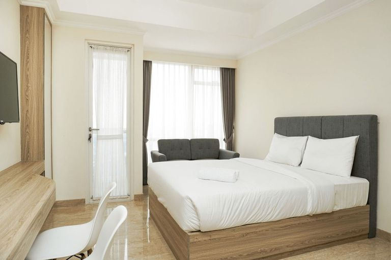 Comfort and Clean Studio Menteng Park Apartment By Travelio, Central Jakarta