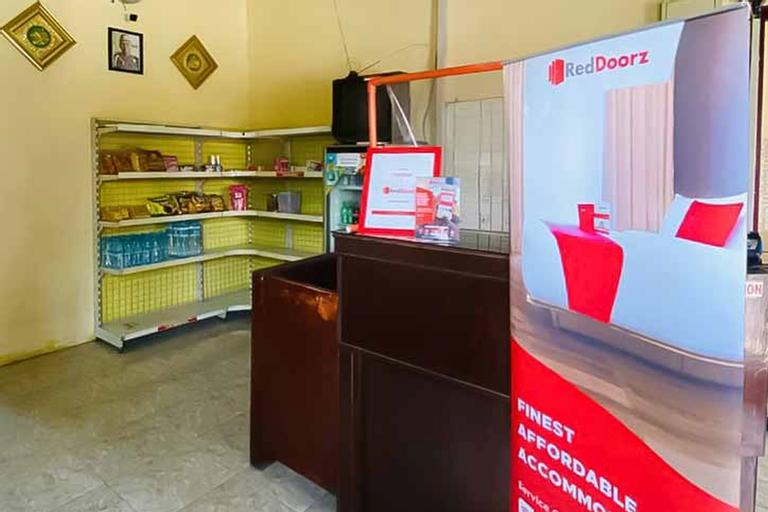 RedDoorz Syariah near T1 Juanda Airport 2, Surabaya