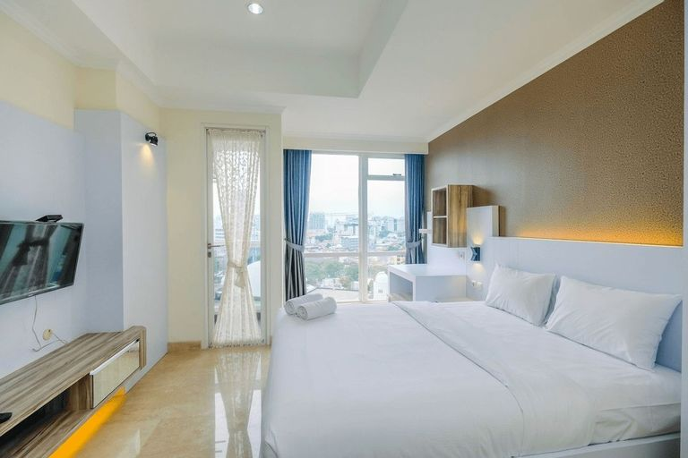 Warm and Cozy Studio at Menteng Park Apartment By Travelio, Central Jakarta
