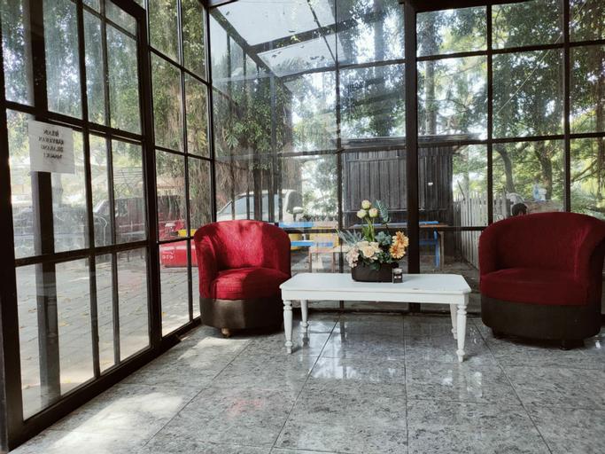 Zena Park Inn, Malang
