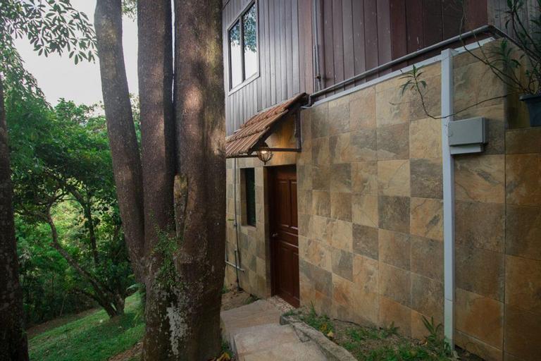 Jakob House @ De Serenity Pantai Hills Eco Nature Resort, Seremban