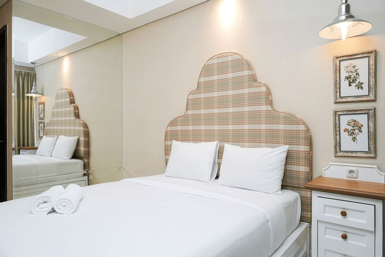 Comfy Studio at Puri Mansion Apartment By Travelio, West Jakarta