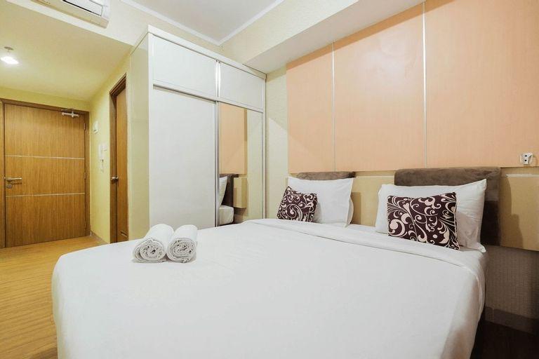 Modern Style Studio Apartment at The Oasis Cikarang By Travelio, Cikarang
