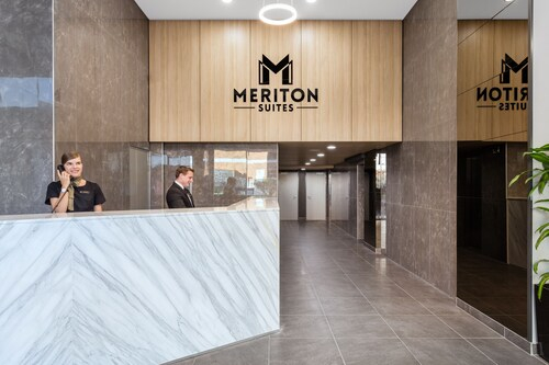 Meriton Suites Waterloo, Sydney