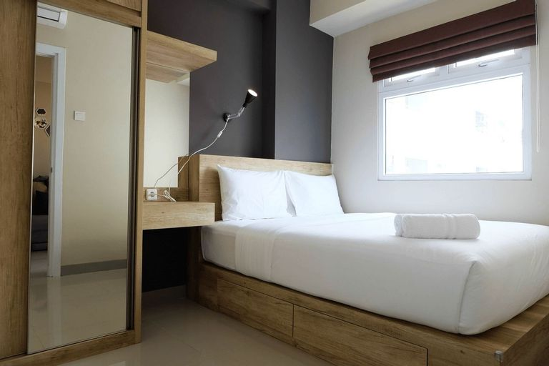 Modern and Bright 2BR Green Pramuka Apartment By Travelio, Central Jakarta