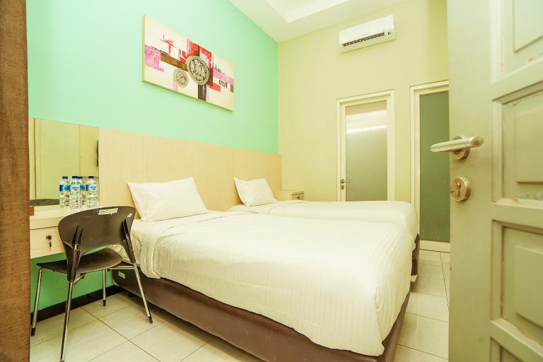 Ardhya Guesthouse Syariah by ecommerceloka, Surabaya
