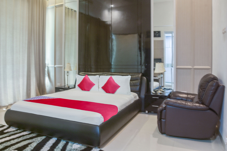 OYO 3312 Abang & Yang Royal Resort, Bangka Barat