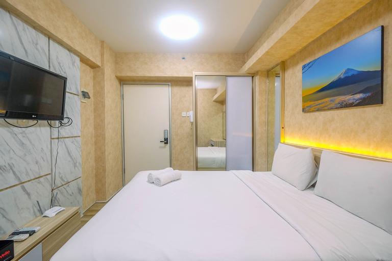 Elegant Studio (No Kitchen) Apartment at Green Bay Pluit By Travelio, North Jakarta
