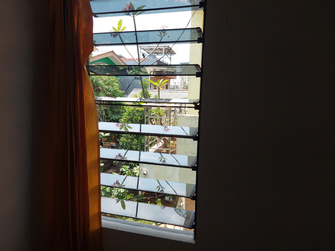 Guesthouse Maura, Depok