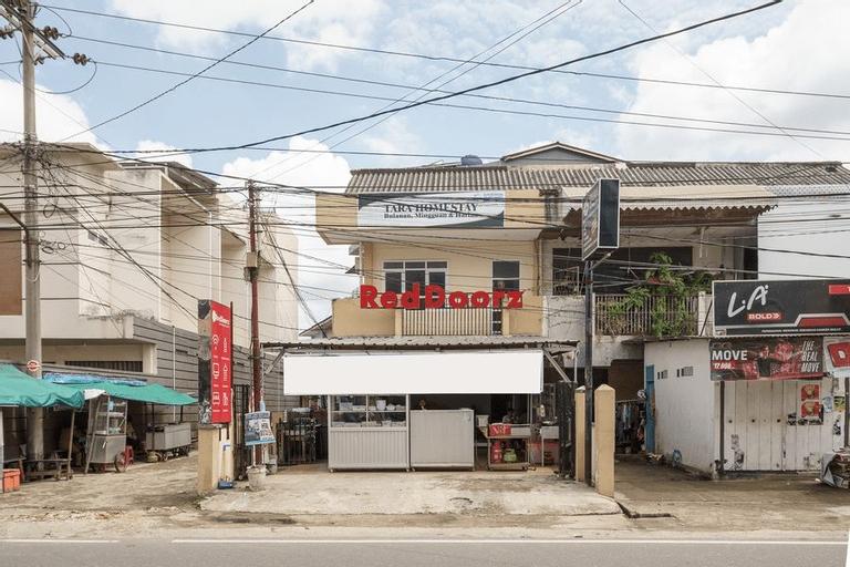 RedDoorz near Palembang Trade Center, Palembang