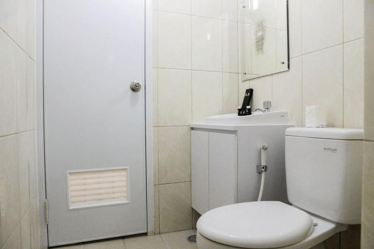 Best Price 2BR Apartment @ Springlake Summarecon By Travelio, Bekasi