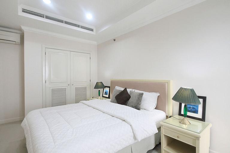 Apartment Istana Sahid by Aparian, Central Jakarta