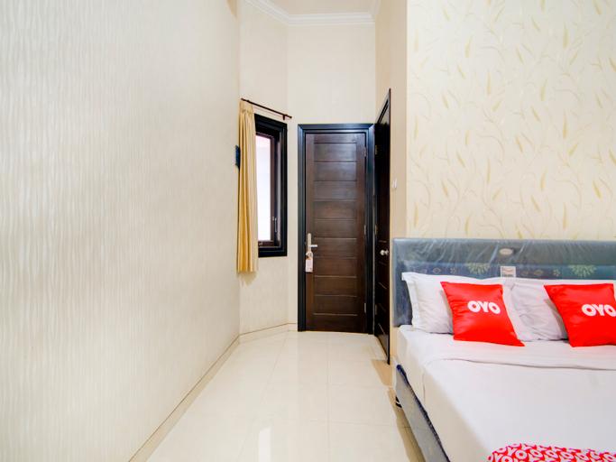 OYO 3861 Homestay Villa Tidar, Malang