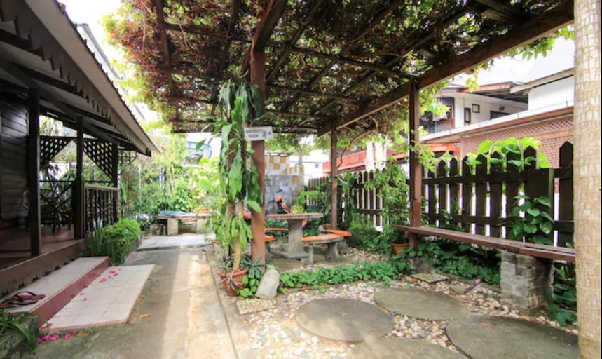 OYO 44084 Ombak Inn Chalet, Manjung