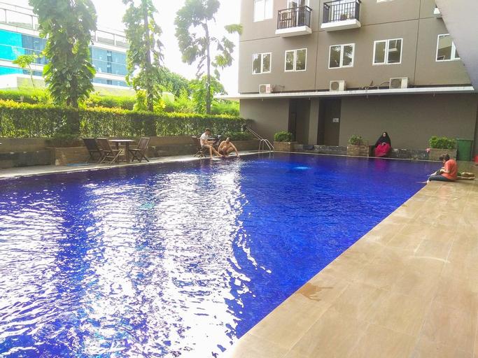 Comfy Studio Room Sunter Park View Apartment By Travelio, Jakarta Utara