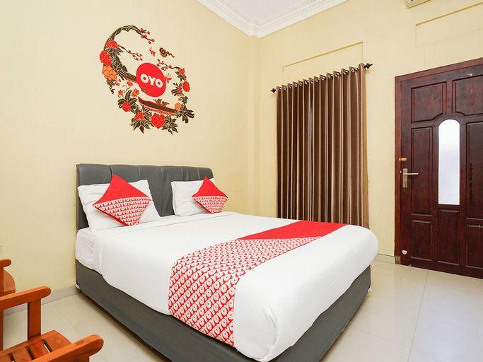 OYO 179 68 Residence, Surabaya