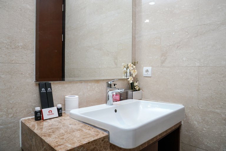 Tranquil 2BR at Menteng Park Apartment By Travelio, Central Jakarta