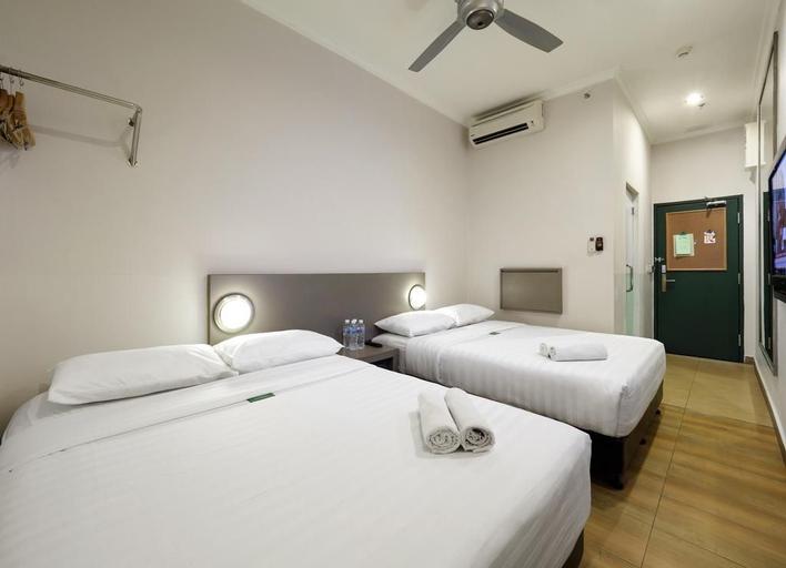 Tune Hotel Kota Kinabalu 1Borneo, Kota Kinabalu