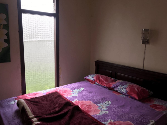 SPOT ON 3008 Boshe Residence, Ponorogo