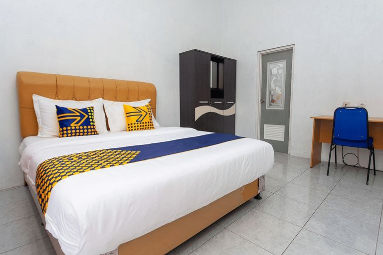 SPOT ON 2830 Azka Guest House Syariah, Cilacap