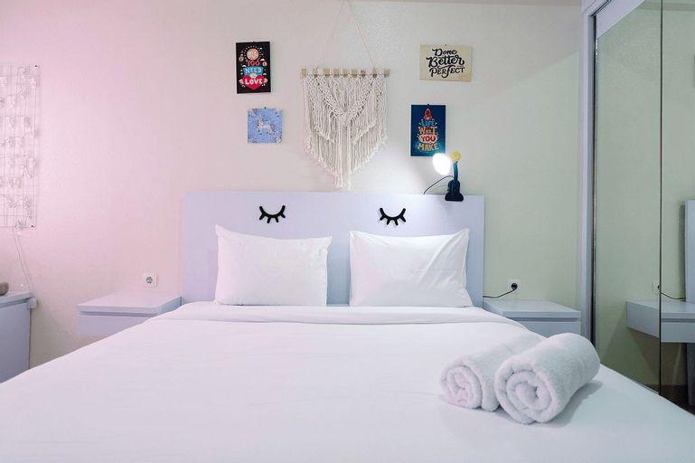 Simply White Studio The Oasis Apartment By Travelio, Cikarang
