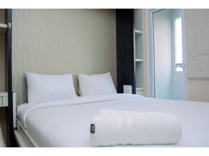 Comfy Studio Green Pramuka Apartment with City View By Travelio, Central Jakarta