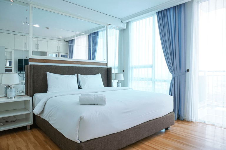 Stunning 2 Bedrooms Apartment at Ancol Mansion By Travelio, North Jakarta