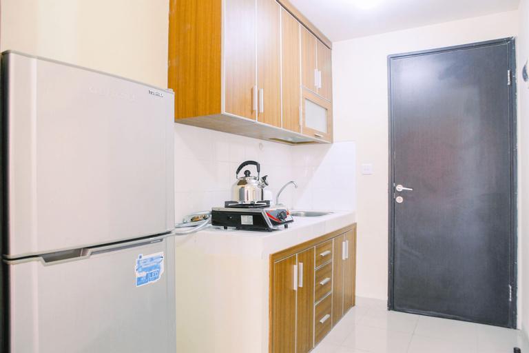 Spacious Studio Room @ Park View Condominium Apartment By Travelio, Depok