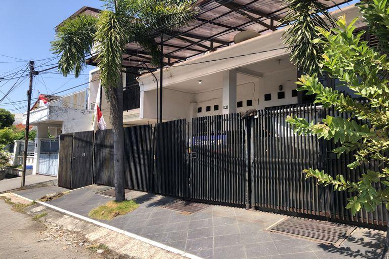 OYO 3966 Jemur Residence, Surabaya
