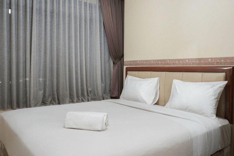 Elegant and Homey 2BR Hampton's Park Apartment By Travelio, Jakarta Selatan