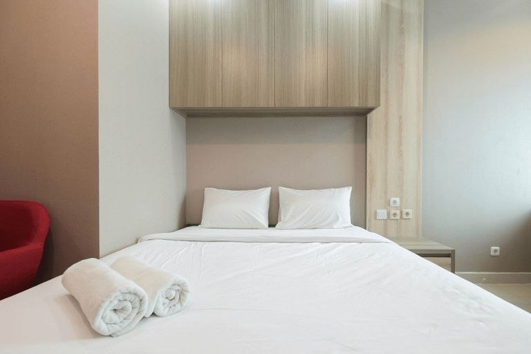 Modern Studio at Grand Kamala Lagoon Apartment By Travelio, Bekasi