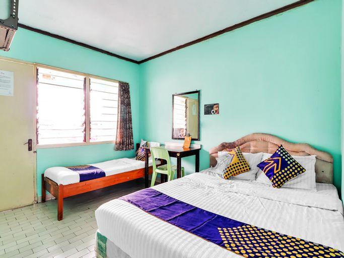 SPOT ON 90003 Villa Tawang, Cianjur