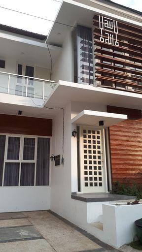 Asakita Ful House, Malang