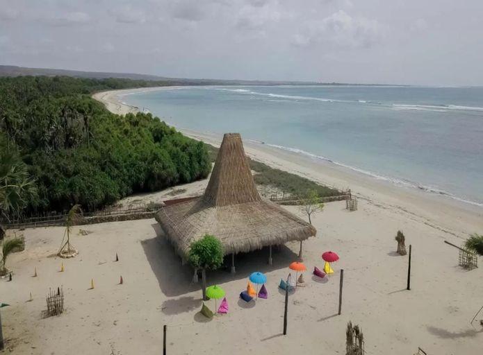 Costa Beach Resort & Club, Sumba Timur