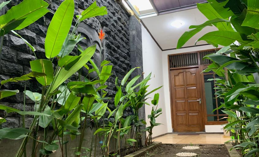 Orchard Guesthouse, Yogyakarta