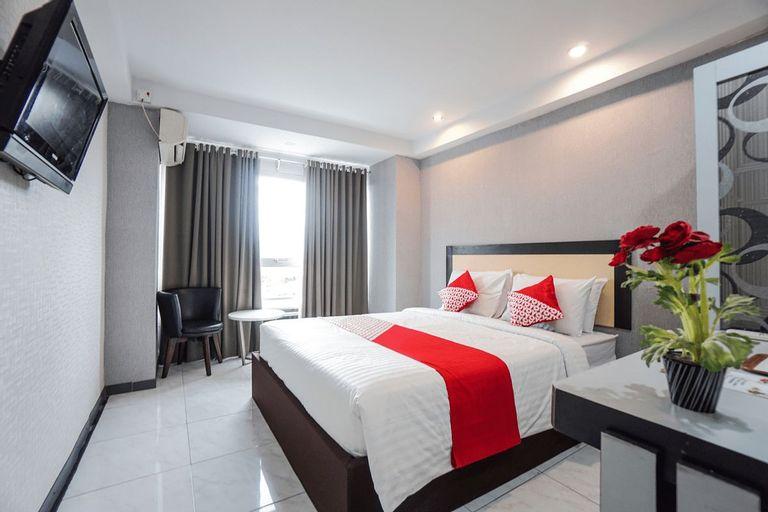 OYO 1318 Hotel Prince Boulevard, Manado
