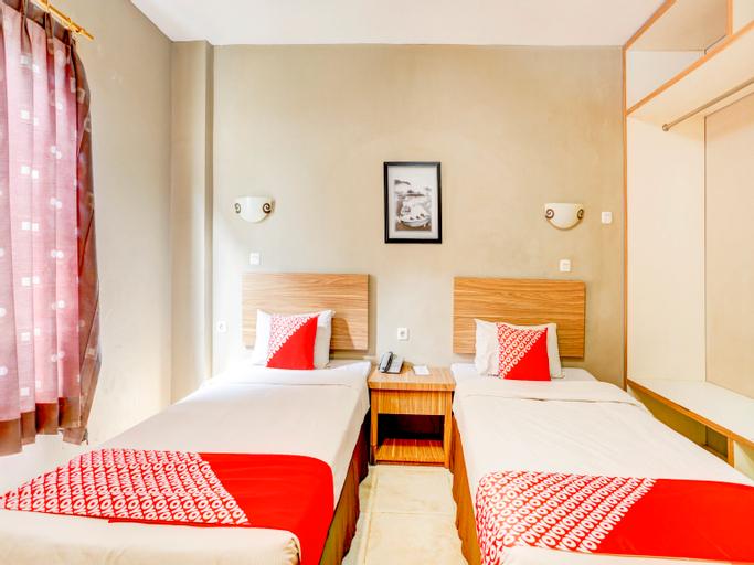 OYO 90027 Ulin Guesthouse, Samarinda