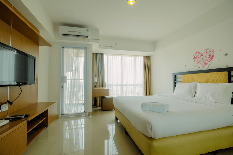 Highest Value Studio Apartment at H Residence By Travelio, East Jakarta