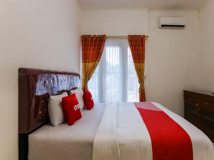 OYO 3907 Mine Residence, Padang