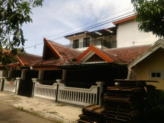 OYO 3960 Pondok Asri Guest House, Bojonegoro