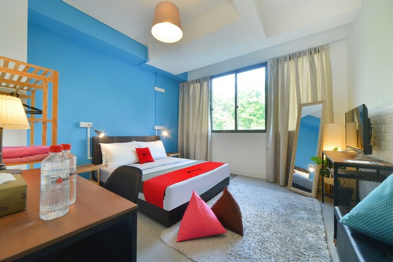 RedDoorz Hostel @ Beach Road, Rochor