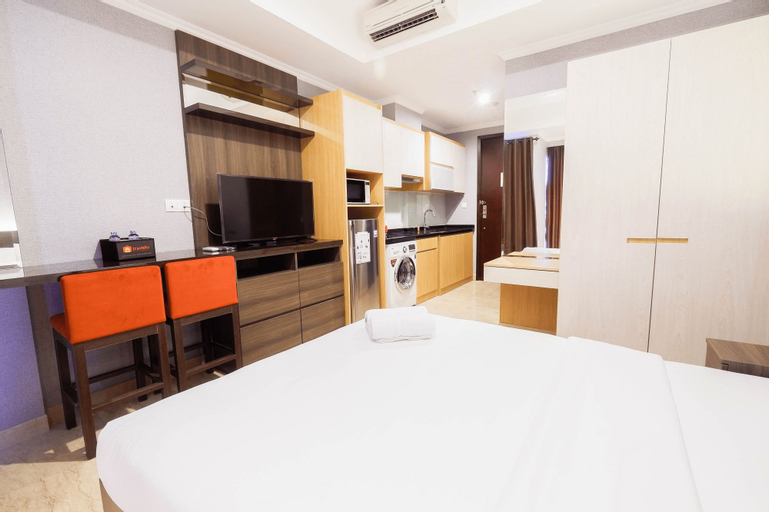 Luxurious Studio Room At Menteng Park Apartment by Travelio, Central Jakarta