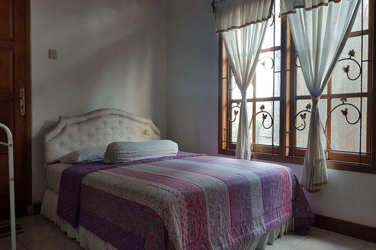 OYO 90017 Villa Mawar Asri Syariah, Sleman