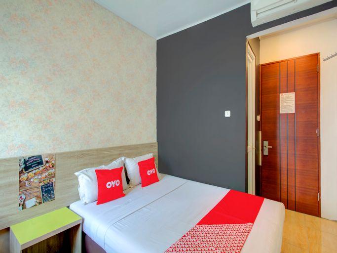 OYO 4005 Bunga Dahlia Guest House, Central Jakarta