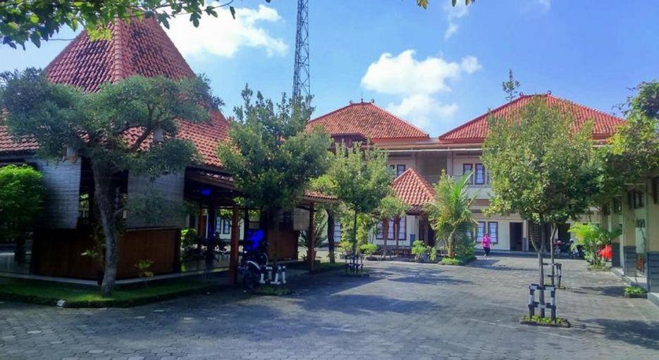Grand Cepu Hotel, Blora