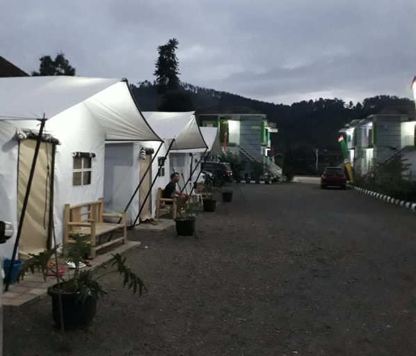 Maulana Hills Tent, Bandung