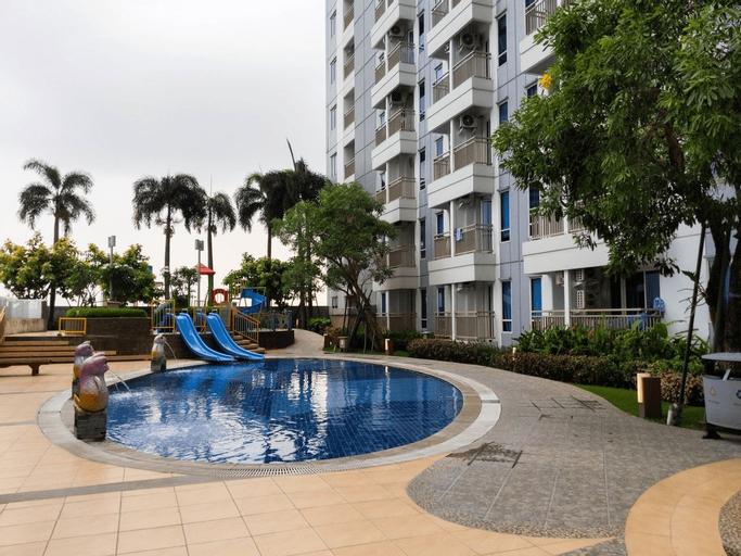 Lavish Studio Apartment with Mall Access at Supermall Mansion By Travelio, Surabaya